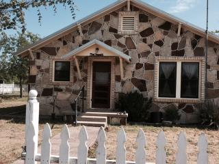 Nice House with Internet Access and A/C - Glen Rose vacation rentals
