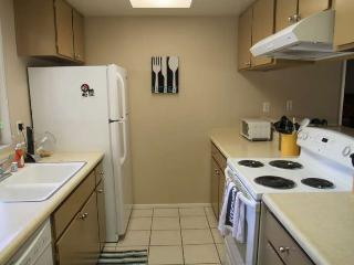 2 bedroom House with Deck in Palm Desert - Palm Desert vacation rentals