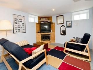 Keyless Entry of Home That Sleeps 3 to 5Guests Near Philly - Woodbury vacation rentals