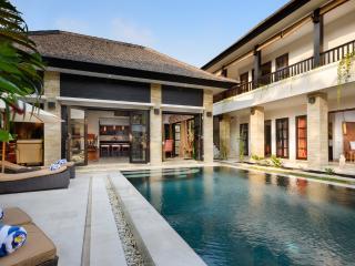 VILLA AMMAN - 300m FROM SEMINYAK SQUARE - Legian vacation rentals