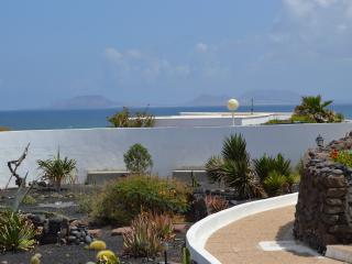 1 bedroom Condo with Towels Provided in Famara - Famara vacation rentals