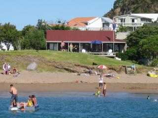 Bay of Islands Beachfront - Tapeka del Mar - Russell vacation rentals