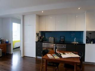 Riverside Boutique - Inner Melbourne - Melbourne vacation rentals