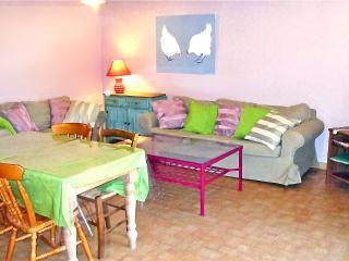 Nice 2 bedroom House in Fleac sur Seugne - Fleac sur Seugne vacation rentals