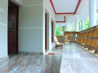 Nice Condo with Internet Access and A/C - Varkala vacation rentals
