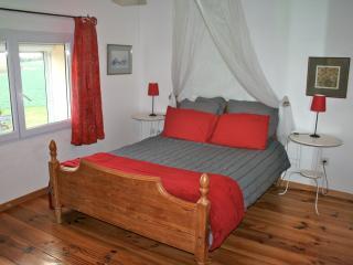 Le Cocon - Fleac sur Seugne vacation rentals