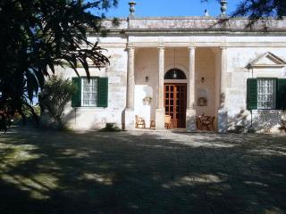 """Villa Ottocentesca """"Angela"""" - Ostuni vacation rentals"""