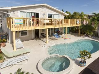 Exceptional Waterfront Pier Area Getaway - Code: Pelicans Perch - Fort Myers Beach vacation rentals