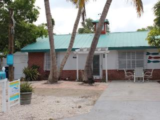 Adorable Pet Friendly 2 BR Updated Island Cottage with screened lanai and brand new pool - Code: Island Time - Fort Myers Beach vacation rentals