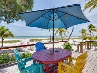 Beachfront Getaway with fabulous Deck and new Kitchen - Code: Sea Mist - Fort Myers Beach vacation rentals