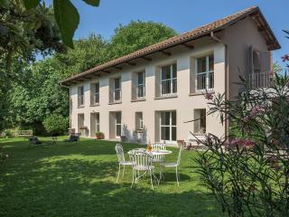 Zilio Giallo in the Unesco Monferrato Hills - Canelli vacation rentals