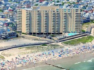Romantic 1 bedroom Condo in Ocean City - Ocean City vacation rentals