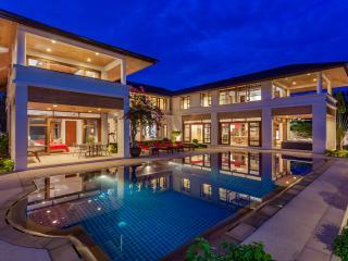 Loch Palm Villa Tropical Oasis - Kathu vacation rentals