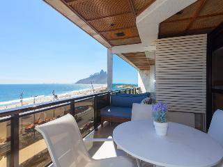 Ipanema Beach 2 Bedroom Ocean Front - Rio de Janeiro vacation rentals