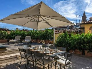 Eden Terrace - Florence Oltrarno district 4 bdr with large terrace - Florence vacation rentals