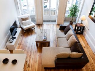 1 bedroom Apartment with Housekeeping Included in Porto - Porto vacation rentals