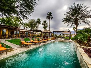 Villa Sereno with Private Pool & Spa, Outdoor Dining & Living, Five Bedrooms & Family-Friendly - Coachella vacation rentals