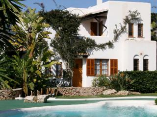 """Tres Palmeras"" - Cala d'Or vacation rentals"