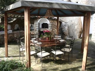 VILLA NURAGHE CON PISCINA E PARCO SUPAVONI - Porto Rotondo vacation rentals