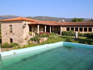 Bright 4 bedroom Valença Villa with Internet Access - Valença vacation rentals