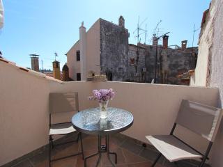 MIDEA Two-Bedroom Apartment - Rovinj vacation rentals