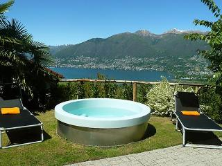 Condominio Pianone (Eckhaus) - Magadino vacation rentals