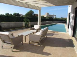 Villa de diseño con piscina y mini-golf. Aire Aco. - Llucmajor vacation rentals