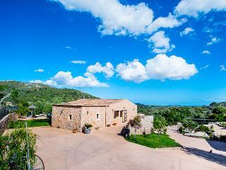 3 Casas en finca para 24 personas en Sant Llorenç - Son Cervera vacation rentals