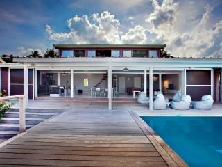 Contemporary sea view villa direct access to water - Cul de Sac vacation rentals