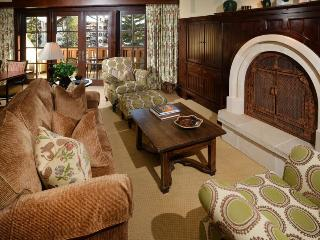 Luxury accommodations at in the center of Vail Village and a short walk to the Gondola One Ski Lift. - Vail vacation rentals