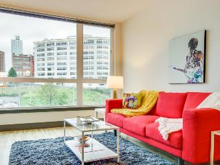 Bring the dog along to this modern condo w/ gorgeous city views in Belltown! - Seattle vacation rentals