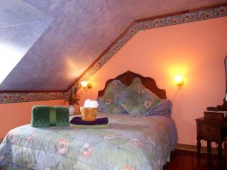 B&B À l'Augustine Chambres familiale - Quebec City vacation rentals