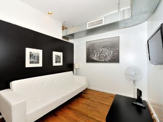 Comfortable and Relaxing 3 Bedroom Apartment in Midtown South ~ RA42863 - Manhattan vacation rentals