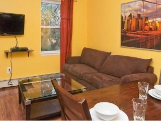 Stunning and Vibrant Apt in Central Harlem #4 ~ RA45255 - Manhattan vacation rentals