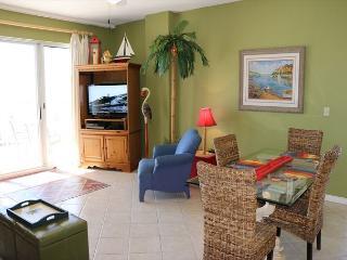 Comfortable 3 bedroom Fort Morgan Apartment with Internet Access - Fort Morgan vacation rentals