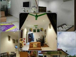 Romantic 1 bedroom Pantai Cenang House with Parking - Pantai Cenang vacation rentals