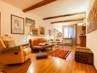 cozy apartment 4 beds historic center free wifi - Genoa vacation rentals