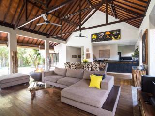 Luxury exotic villa 4 Bedrooms - Seminyak vacation rentals