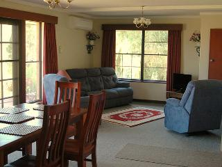 Nice Cottage with Internet Access and A/C - Belhus vacation rentals