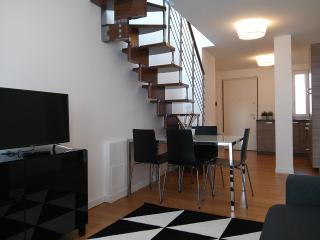 FB3T-Amazing apt with 360°view - Milan vacation rentals