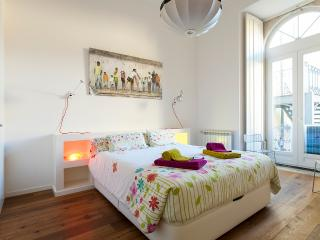 Opera Design Apartment | RentExperience - Lisboa vacation rentals