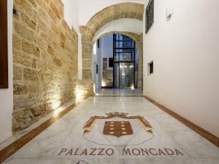 La Casa di Titti - Palermo vacation rentals
