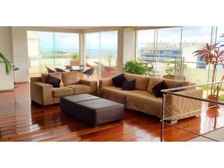 Amazing Seaview, Penthouse in Barra, Salvador BA - Salvador vacation rentals