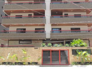 Apartamento LINDO e ACONCHEGANTE - Praia Grande vacation rentals