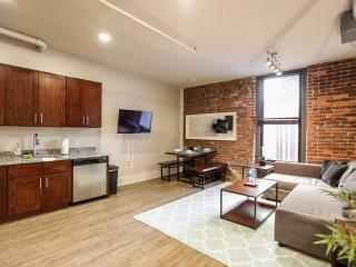 Two Bedroom in the Heart of Knoxville-Book Now! - Knoxville vacation rentals