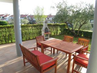 Holiday house Oliva with garden - Porec vacation rentals