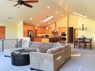425 Edgewood Lodge (SL425) Close to Heavenly - Stateline vacation rentals