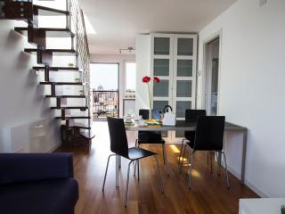 FO2T - Apt with stunning terrace - Milan vacation rentals