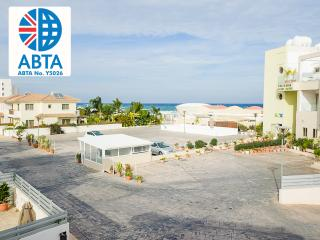 Oceanview Townhouse 077 - World vacation rentals
