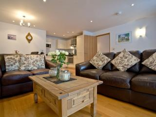 1 Pump Street Mews located in Brixham, Devon - Brixham vacation rentals